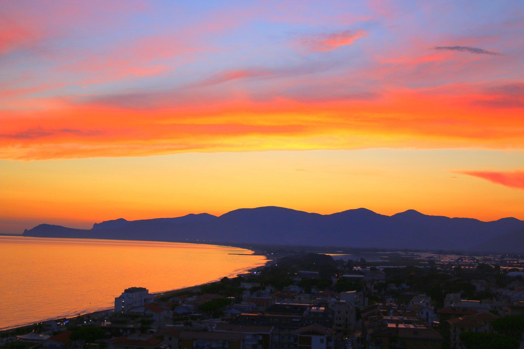 Sunset in Sperlonga, Italy 🇮🇹