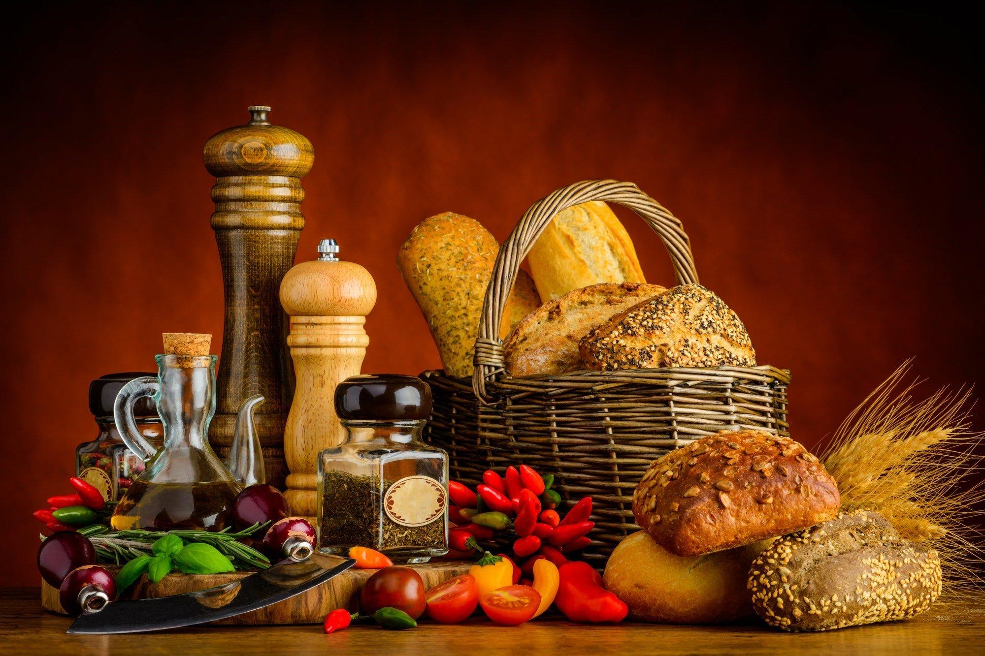 Bread, Bun and Spices